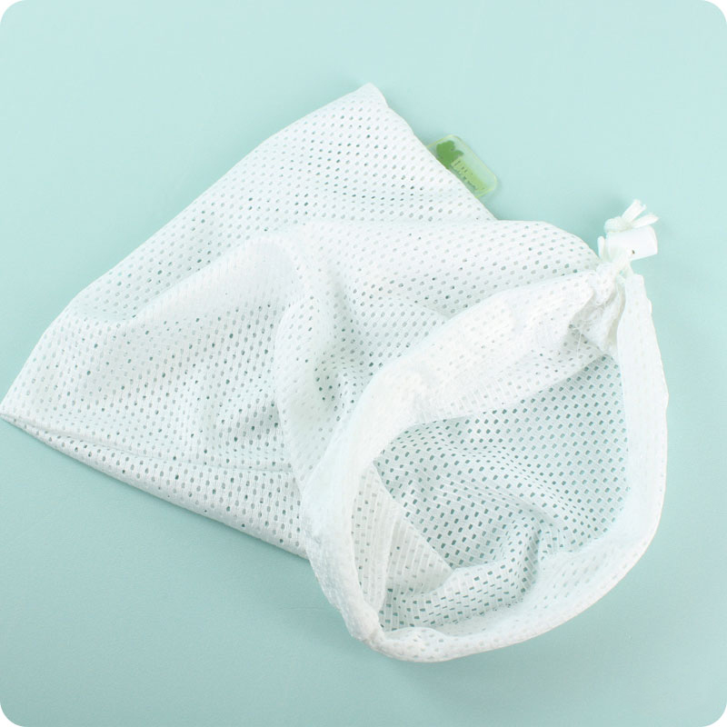 LITTLE LAMB MESH WIPES WASH BAG